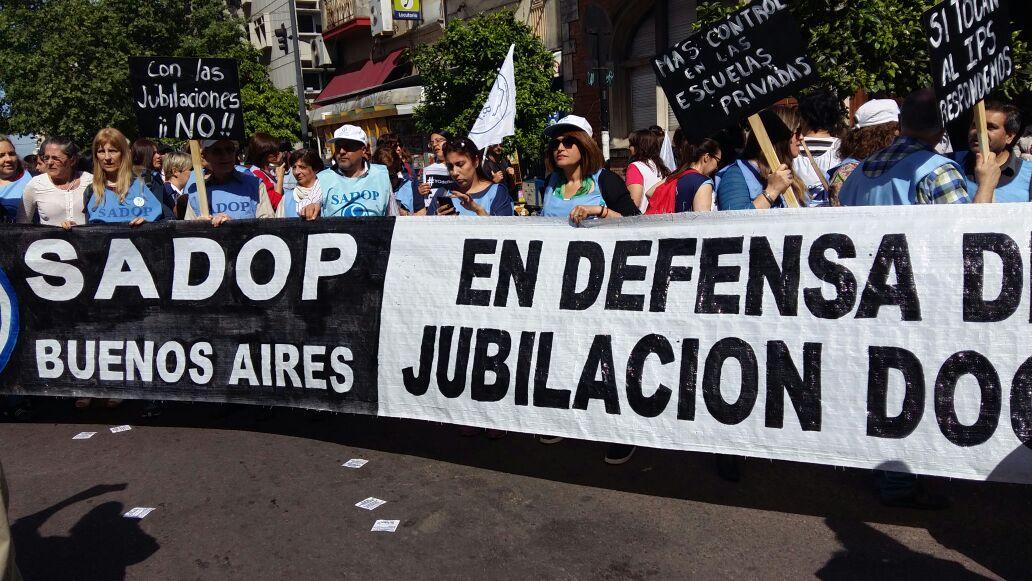 En este momento estás viendo JUBILACIONES EN RIESGO ALERTA DEL SADOP PCIA. DE BS. AS.