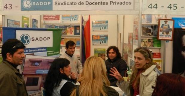 En este momento estás viendo SADOP EN LA FERIA DEL LIBRO MUNICIPAL